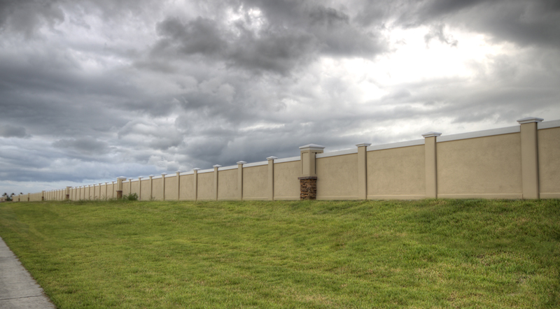 Masonry Wall Or Masonry Fence For Large Projects Are